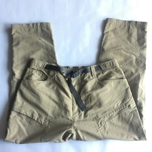 The North Face Mens XL Convertible Zip Off Pants